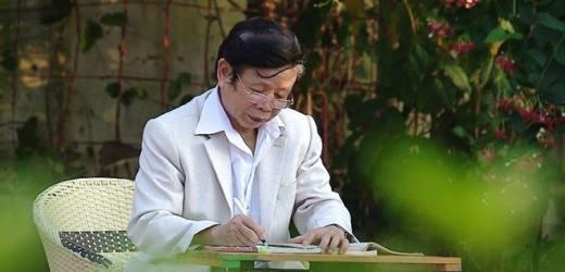 Nguyễn Phan Hách – Người dệt khăn quàng tơ sen