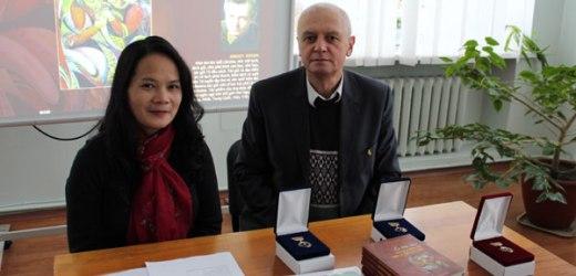 Tập thơ Ucraina bằng tiếng Việt