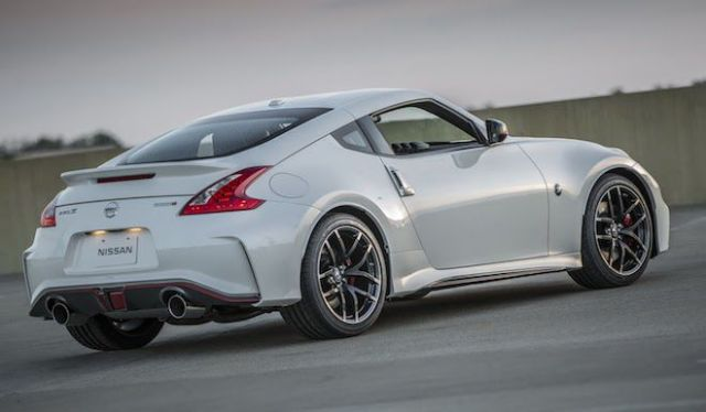 new-nissan-z-sports-car-6.jpg