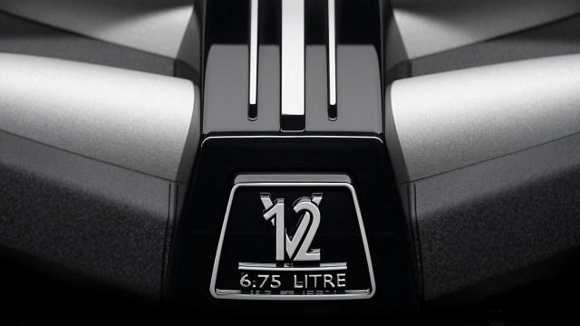 Rolls-Royce-Cullinan-17.jpg