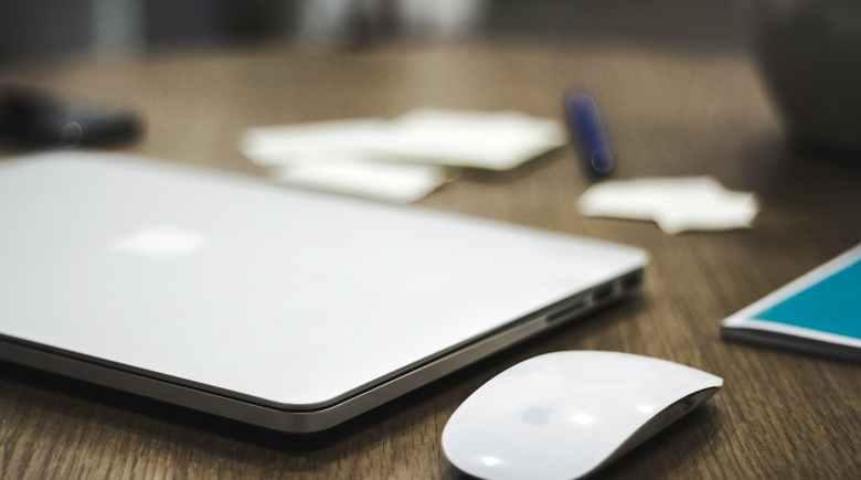 Blue Bottle's design identity is similar to Apple's