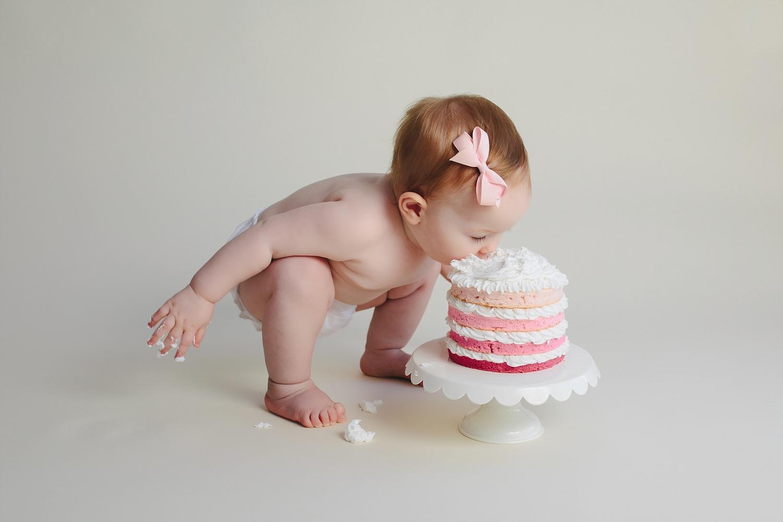 Bethesda, MD 1st Birthday Cake Smash Photography | Tonya Teran Photography