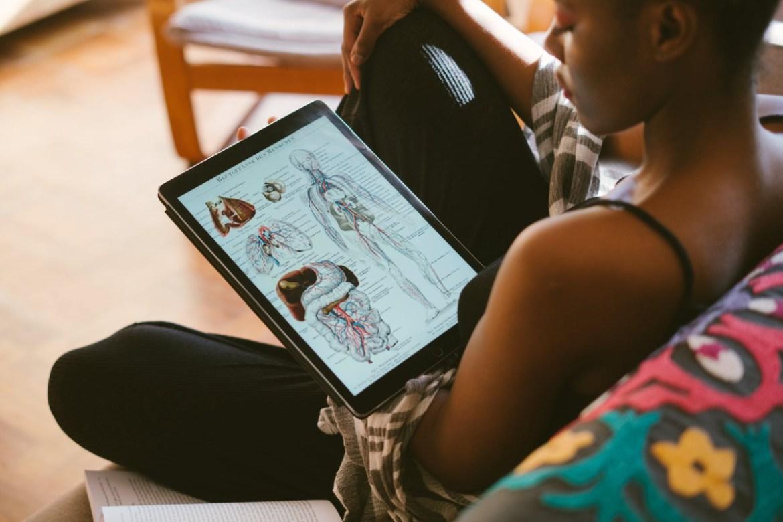 'COVID-19' ปฏิรูปการศึกษาทั่วโลก! ใช้เทคโนโลยีเรียนรูปแบบใหม่