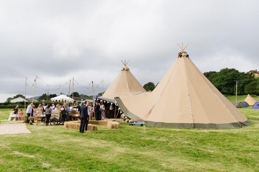 tipi-wedding-in-North-Wales-Blacoe00097