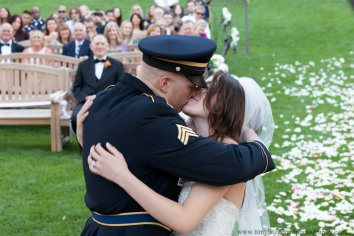 Creekside wedding (9 of 13)