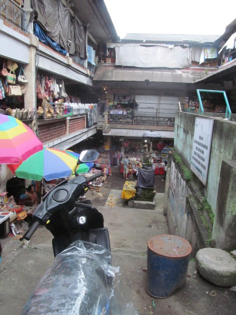 The large market is Ubud is a confusing trail of stalls spanning several buildings and multiple levels.  FYI the scent does not improve as you descend.