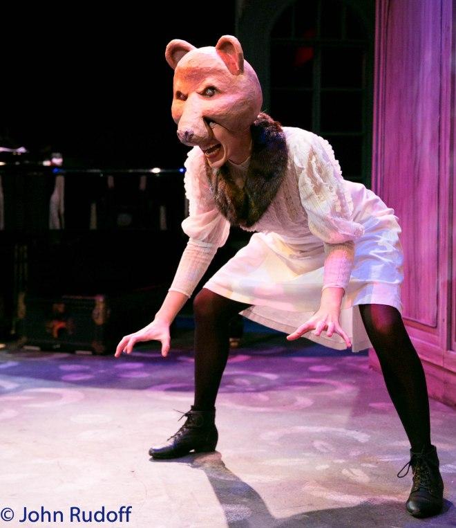 Beth Thompson as Bear. Photo: John Rudoff