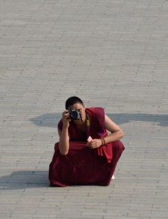 Roo inadvertantly ended up in a photo-duel with a monk!