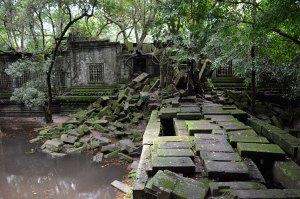 Ruined-walkway