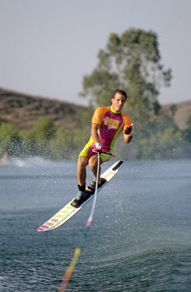 a_TonyKlarich.com_Water_Skiing_AERIALJUMP_HotDog_Creative_Commons_Free_3MR
