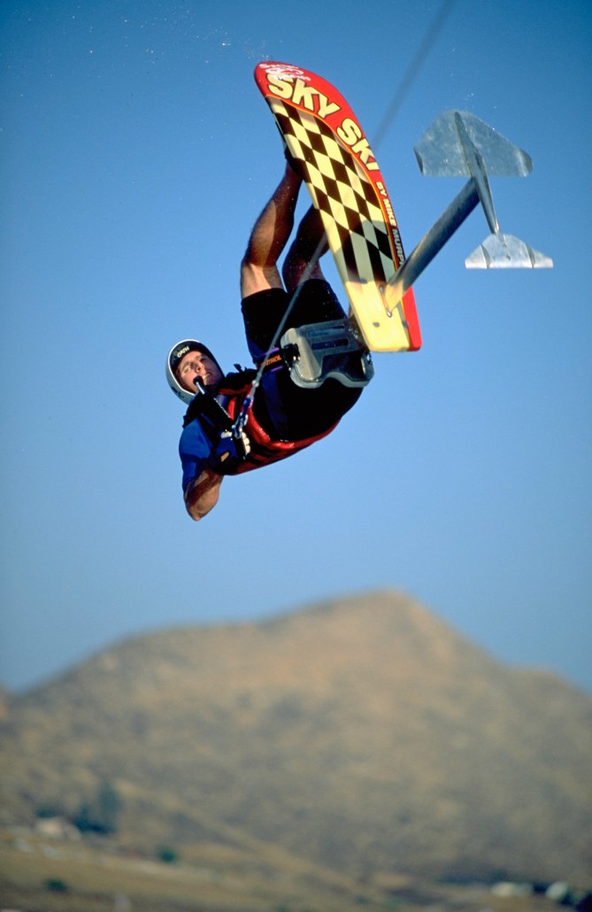 00_TonyKlarich.com_Water_Skiing_Hydrofoil_FRONTFLIP_Creative_Commons_Free_3MR