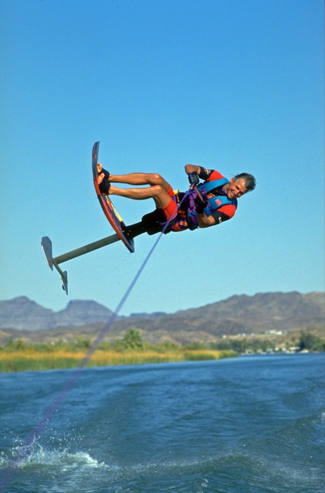 93_TonyKlarich.com_Water_Skiing_Hydrofoil_MMROLL_Creative_Commons_Free_3MR