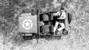 wwII,army_officer,jeep