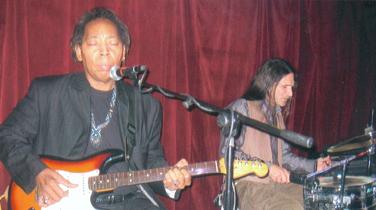 Michael Powers in Terra Blues, Bleecker Str. NYC, Tony Natale - drums
