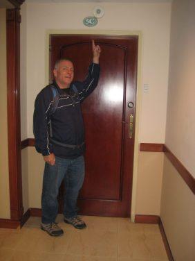 Picture of door of apartment 5c in Cuenca