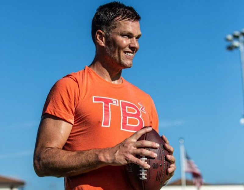 Photo of Tom Brady Is On A Mission To Succeed This Season, But Is He Putting Everyone At Risk On His Mission?