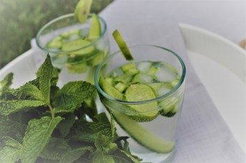 cucumber lime cocktails with fresh mint