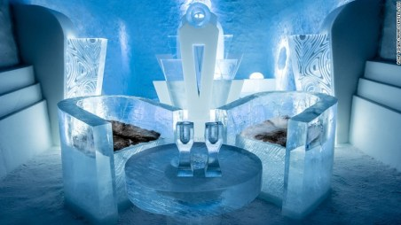 161208105309-medium-deluxe-suite-once-upon-a-time-icehotel-2017-exlarge-169
