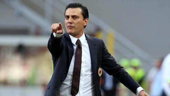 epa05505201 Milan's coach Vincenzo Montella reacts during the Italian Serie A soccer match AC Milan vs Torino FC at Giuseppe Meazza stadium in Milan, Italy, 21 August 2016. EPA/MATTEO BAZZI