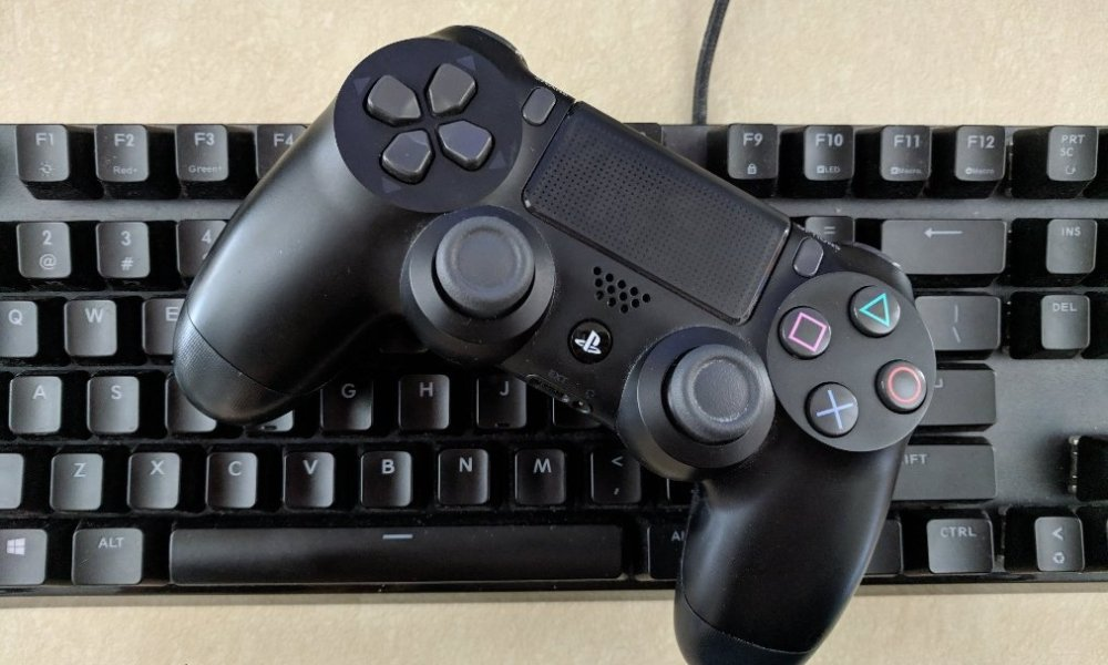 PlayStation 4 Controller   Too Far Gone