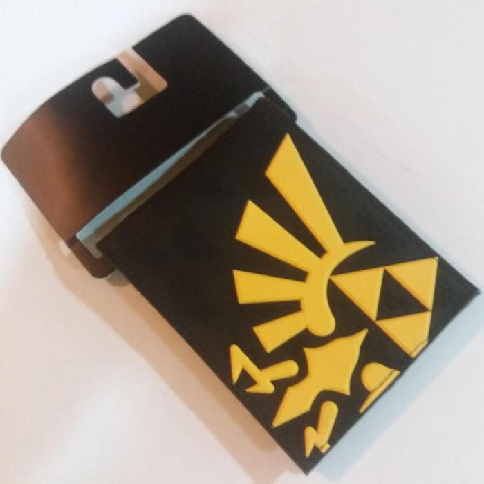 Billetera Trifuerza PT The Legend of Zelda Videojuegos en Goma Fondo Negro (Copia)