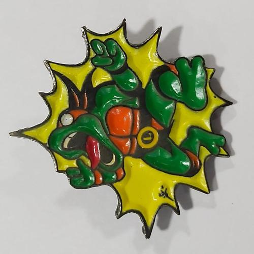 Pin Metálico Trotuga Ninja Electrocutada TooGEEK Tortugas Ninja Animados (Color)