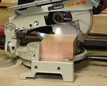 260 mm compound mitre saw