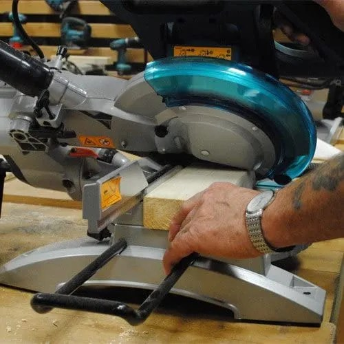 Slide feature of the Makita mitre saw