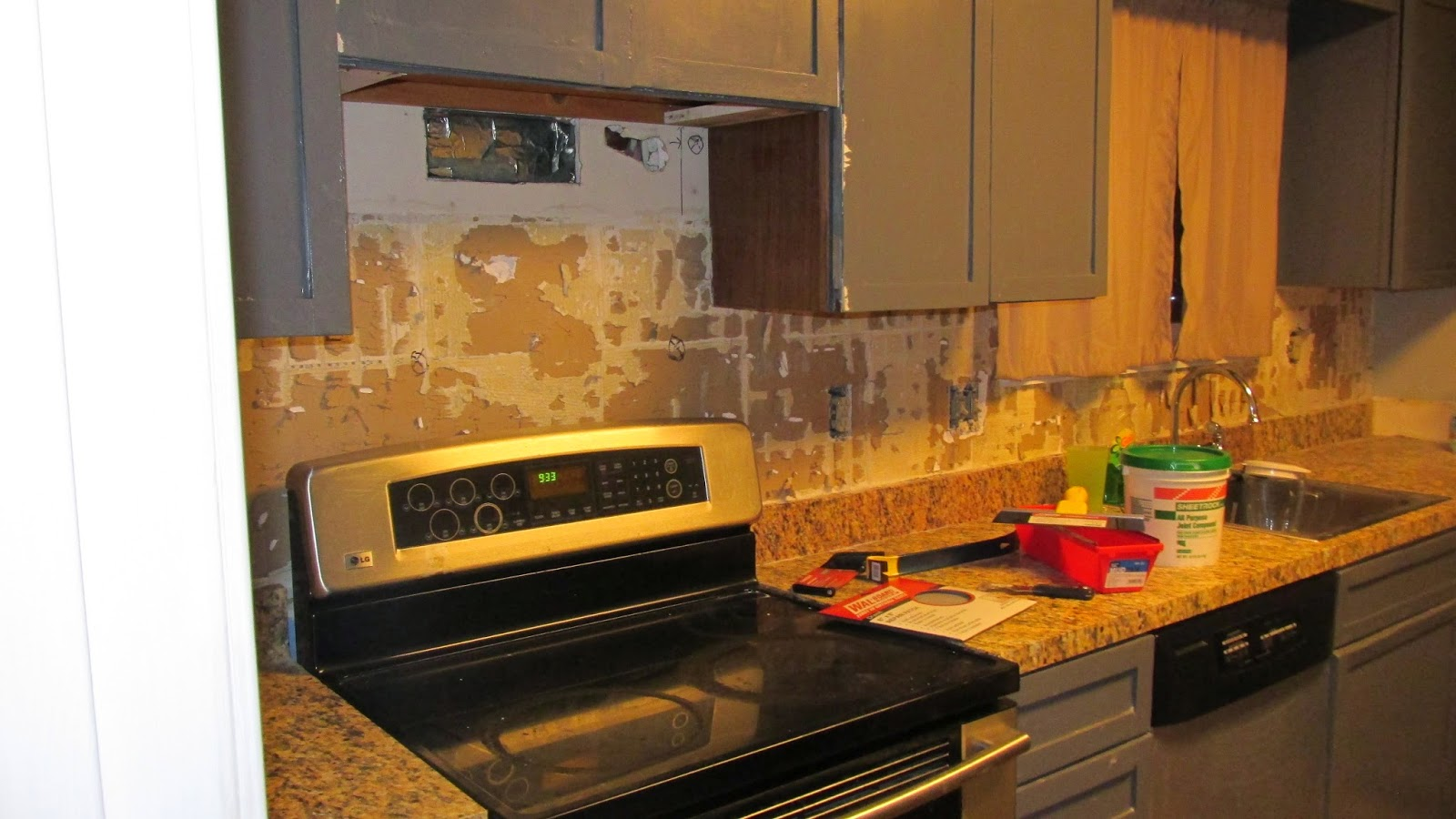 How To Repair Drywall After Removing Tile Prepare For Tiling