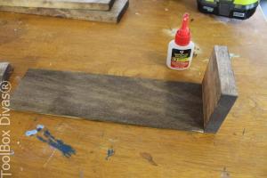 2. DIY Wooden Centerpiece - ToolBox Divas