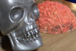 skull and brain for halloween