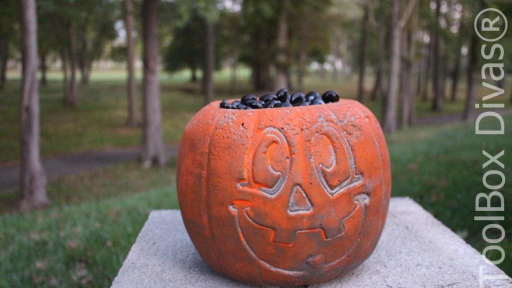 Easy Halloween DIY Project pumpkin fire pit - Toolbox Divas 11
