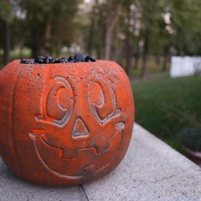 DIY Concrete Pumpkin Fire Pit