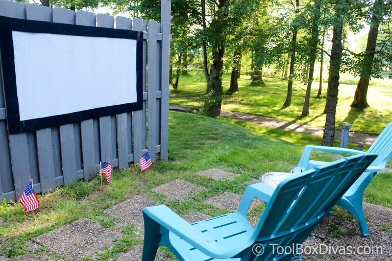 DIY Outdoor Movie Theater and Projection Screen - ToolBox Divas