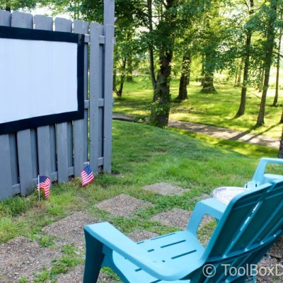 DIY Outdoor Movie Theater and Projection Screen