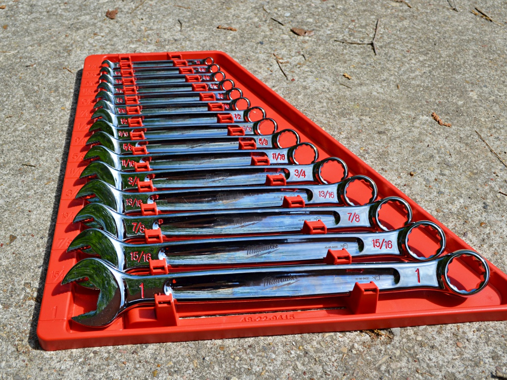 SAE MLW48-22-9415 Brand New! 15 Piece Combination Wrench Set