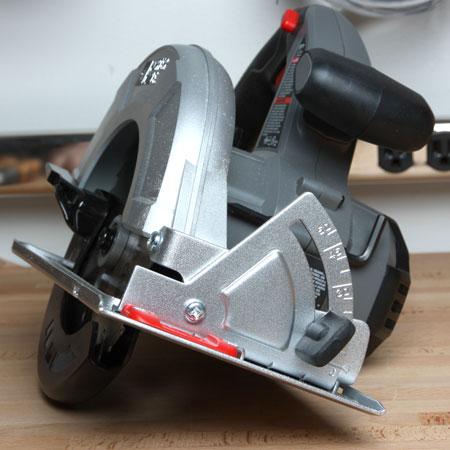 Porter Cable Cordless 18V Circular Saw Front Bevel Adjustment