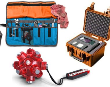 Timbuk2 Tool Shed Striker LED Magnetic Light Mine and Pelican Case