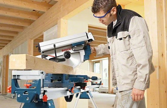 Bosch GTM 12 Professional Combination Saw Miter Mode