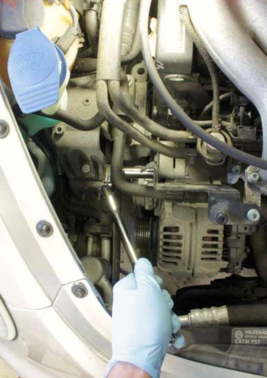 Amstrong Locking Flex Head Ratchet Engine Shot -5