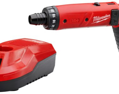Milwaukee M4 Screwdriver