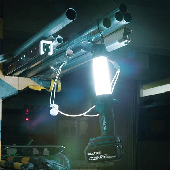Makita DML806 18V Flashlight Lantern Worklight
