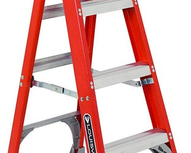 Louisville 4-foot Fiberglass Ladder