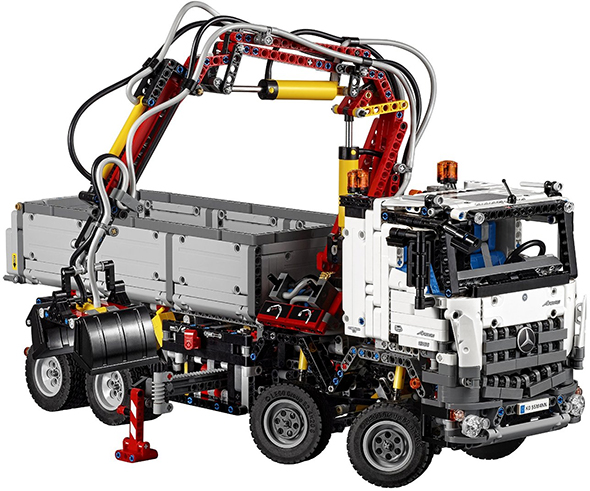 Lego Technic Arocs Truck