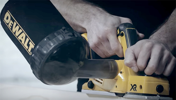 Dewalt Cordless Planer DCP580XR with Dust Canister