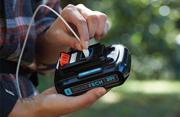 Black & Decker Smartech 20V Battery Pack with USB Port