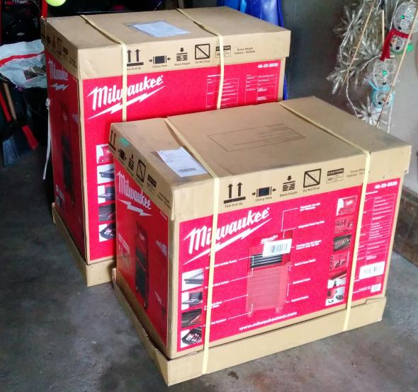 Milwaukee 30 inch tool chest and rolling cabinet boxes
