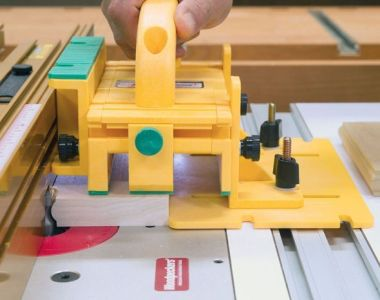 Micro Jig Grr-Riper GR-200 at the router table