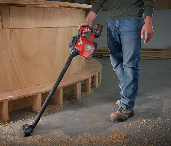 milwaukee-m18-hepa-hand-vac-floor-cleaning
