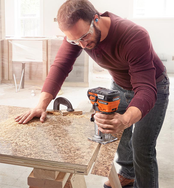 ridgid-cordless-compact-router-in-use